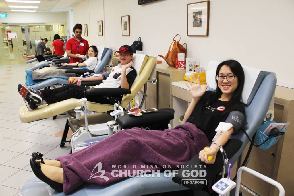 Sandra Tan, blood donor, in the blood donation room.